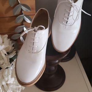 White oxford style shoe